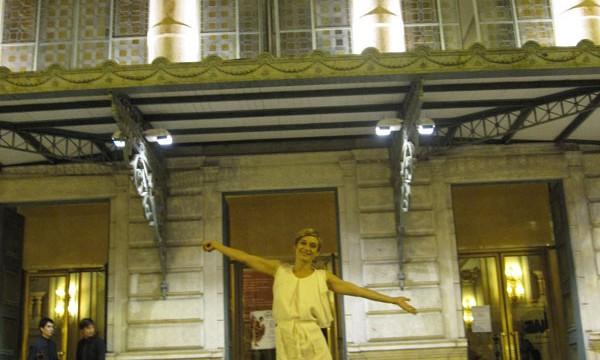 Devant lopéra de Nice après le concert de Valerie au finales de la Francophonie